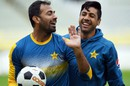 Wahab Riaz and Imran Khan share a lighter moment during training, Edgbaston, August 2, 2016
