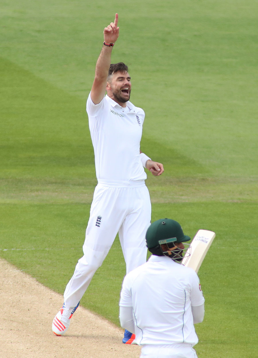 Stat Attack: England's James Anderson Becomes First Pacer To Take 300 Test Wickets At Home 1