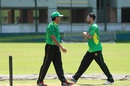Aaqib Javed has a chat with Mashrafe Mortaza, Mirpur, August 4, 2016