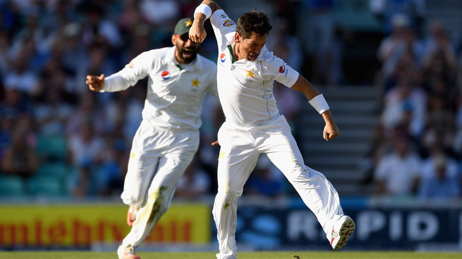 Yasir Shah was immediately among the wickets