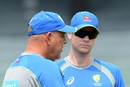 Darren Lehmann chats with Steven Smith, R Premadasa Stadium, August 23, 2016