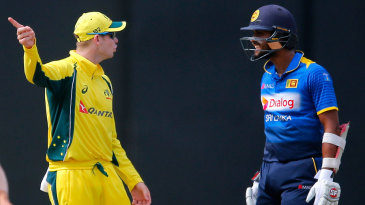 Steven Smith and Dinesh Chandimal exchange words