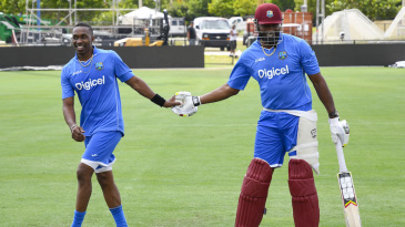 Dwayne Bravo and Kieron Pollard have a laugh in the nets