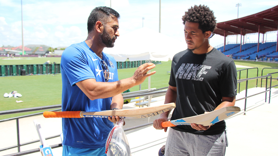 Ms Dhoni Teaches San Diego Padres Outfielder Jon Jay About