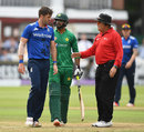 The umpire stepped in when Liam Plunkett and Imad Wasim shared a few words, England v Pakistan, 2nd ODI, Lord's, August 27, 2016