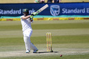 Faf du Plessis pulls in front of square, South Africa v New Zealand, 2nd Test, Centurion, 2nd day, August 28, 2016