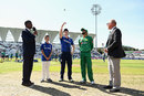 Eoin Morgan won the toss and chose to bat first, England v Pakistan, 3rd ODI, Trent Bridge, August 30, 2016