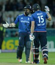 Moeen Ali finished the chase with an unbeaten 45, England v Pakistan, 4th ODI, Headingley, September 1, 2016