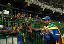 Tillakaratne Dilshan acknowledges his fans, Sri Lanka v Australia, 2nd T20I, Colombo, September 9, 2016