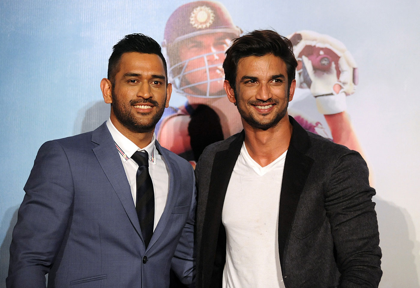 MS Dhoni with actor Sushant Singh Rajput at a promotional event for the movie <i>MS Dhoni: The Untold Story</i>