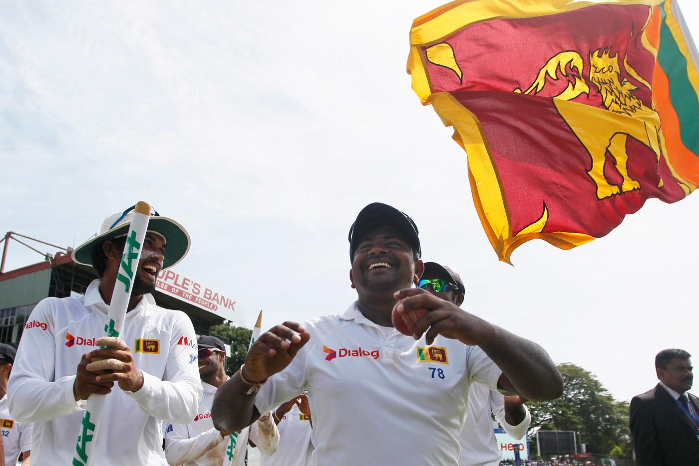 Rangana Herath celebrates Sri Lanka's win