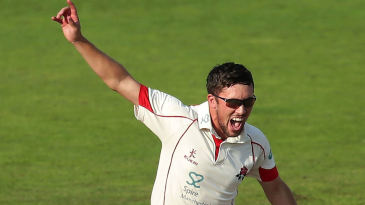 Simon Kerrigan in action for Lancashire