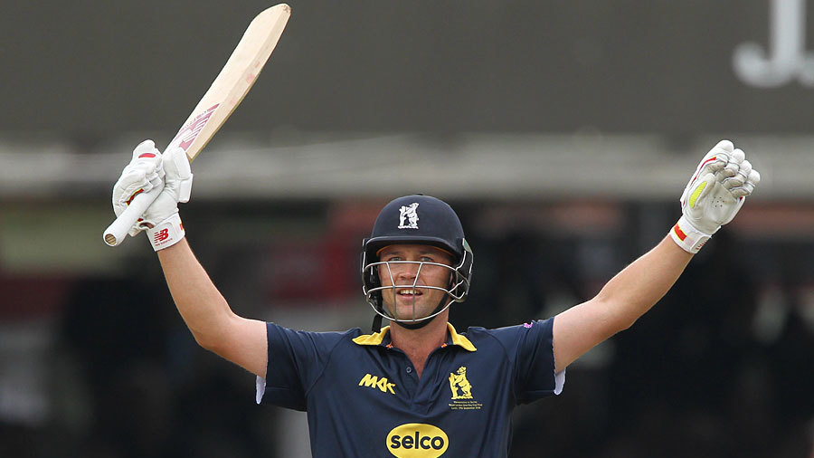 Jonathan Trott celebrates the winning runs