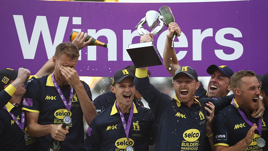 Ian Bell lifts the Royal London Cup