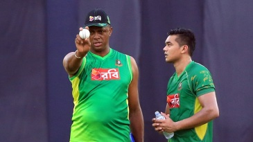 Eye on the legend: Taskin Ahmed receives some tips from Courtney Walsh