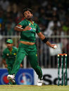 Wahab Riaz loads up to deliver a ball, Pakistan v West Indies, 1st ODI, Sharjah, September 30, 2016