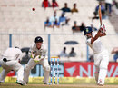 Wriddhiman Saha hits out on the second morning, India v New Zealand, 2nd Test, Kolkata, 2nd day, October 1, 2016
