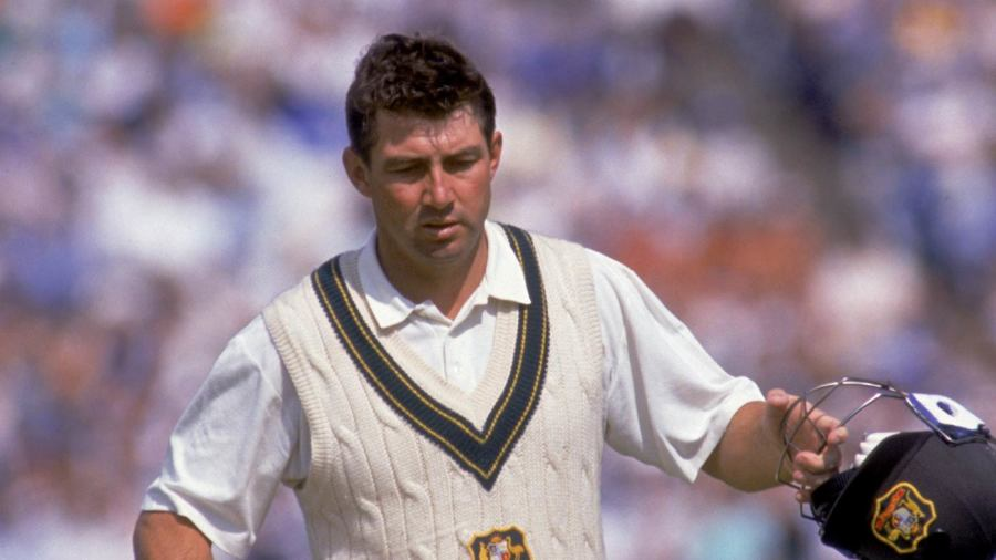 Geoff Marsh walks off after being dismissed