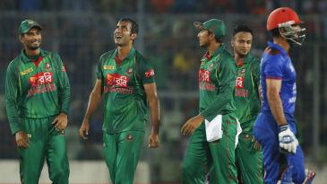 Mosharraf Hossain is applauded by his team-mates