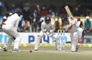 BJ Watling drives towards mid-off, India v New Zealand, 3rd Test, Indore, 3rd day, October 10, 2016