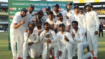 India's victorious Test team celebrates their No. 1 ranking