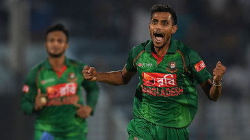 Shafiul Islam gave Bangladesh hope with two wickets