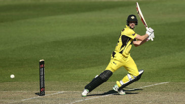 Adam Voges looks to beat point on his way to an unbeaten 90 off 87