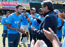 Hardik Pandya gets his ODI cap from former India captain Kapil Dev, India v New Zealand, 1st ODI, Dharamsala, October 16, 2016