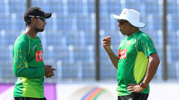 Chandika Hathurusingha chats with Sabbir Rahman