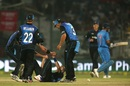 Tim Southee is mobbed by team-mates after taking a wicket, India v New Zealand, 2nd ODI, Delhi, October 20, 2016