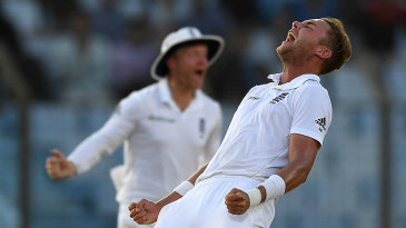 Stuart Broad produced a strong late spell