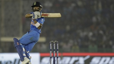 Virat Kohli pulls one away en route to his half-century