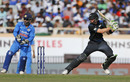 Martin Guptill cuts through backward square, India v New Zealand, 4th ODI, Ranchi, October 26, 2016