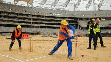 Adam Voges bats during a visit to the new Perth Stadium