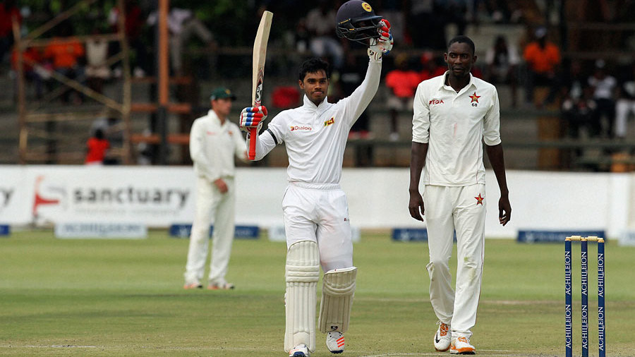 Dhananjaya de Silva celebrates his hundred