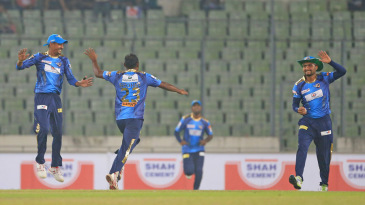 Mohammad Shahid took 3 for 21 in Dhaka Dynamites' win