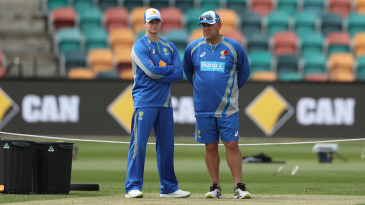 Steven Smith and Darren Lehmann at the Bellerive Oval