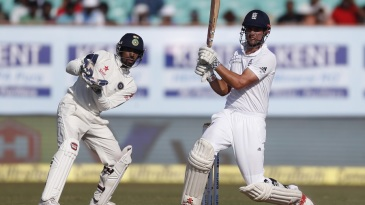 Alastair Cook swivels around to pull