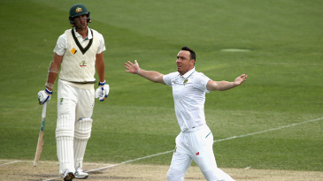 Kyle Abbott picked up the key wickets of Angelo Mathews and Dhananjaya de Silva