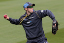 Todd Astle takes part in a fielding drill, Christchurch, November 16, 2016