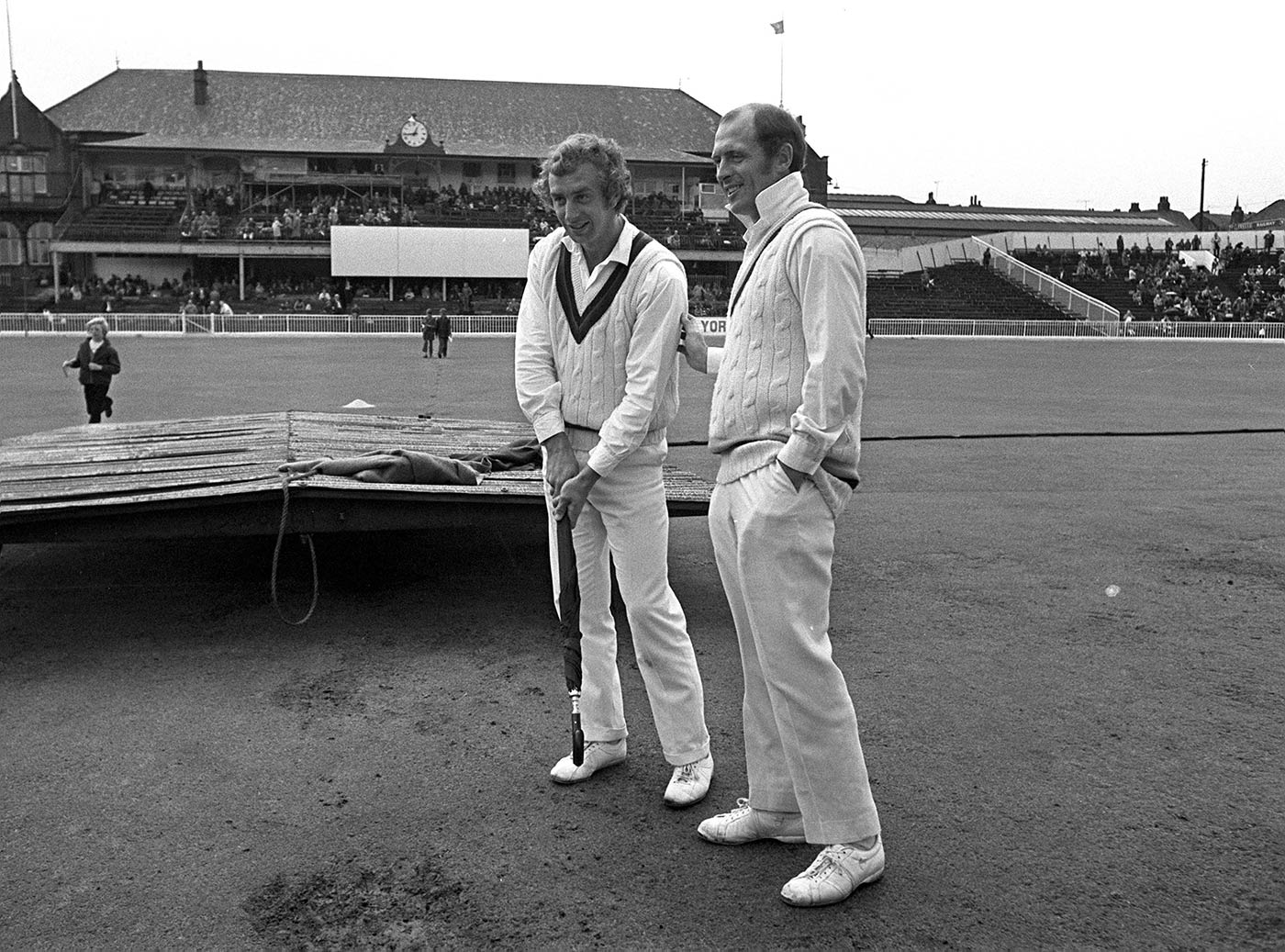 It's all in the voice: northern legends David Lloyd and Geoff Boycott are distinctive in their books as in real life