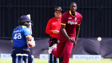 Jason Holder took an early wicket in Sri Lanka's chase