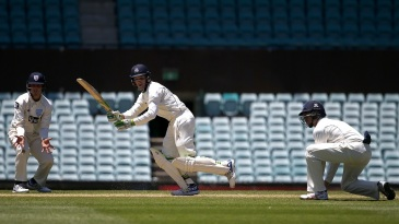 Peter Handscomb works one through the leg side