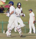 Gautam Gambhir and Shikhar Dhawan take a run, Delhi v Rajasthan, Ranji Trophy 2016-17, Group B, Wayanad, 1st day, November 21, 2016