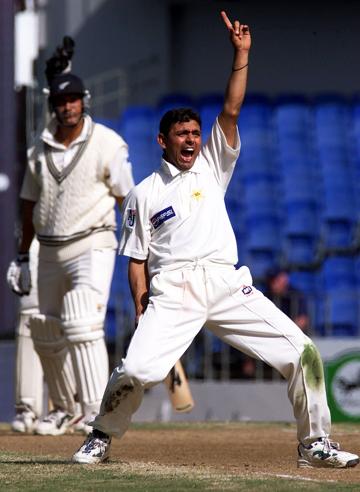 The 2001 Auckland Test between New Zealand and Pakistan contained a record 108 appeals