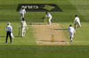 The mix-up that led to Steven Smith's run-out, Australia v South Africa, 3rd Test, Adelaide, 2nd day, November 25, 2016
