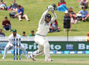 Henry Nicholls shoulders arms, New Zealand v Pakistan, 2nd Test, Hamilton, 2nd day, November 26, 2016