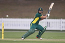 Lizelle Lee cuts during South Africa's chase, Australia v South Africa, 5th women's ODI, Coffs Harbour, November 29, 2016