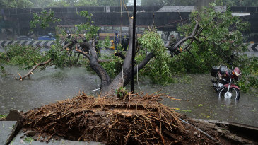 Cyclone Vardah swept through Chennai on Monday, four days before the fifth Test between India and England