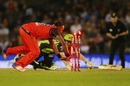 Dwayne Bravo takes off the bails to catch Jake Doran short of his crease, Melbourne Renegades v Sydney Thunder, Big Bash League 2016-17, Melbourne, December 22, 2016